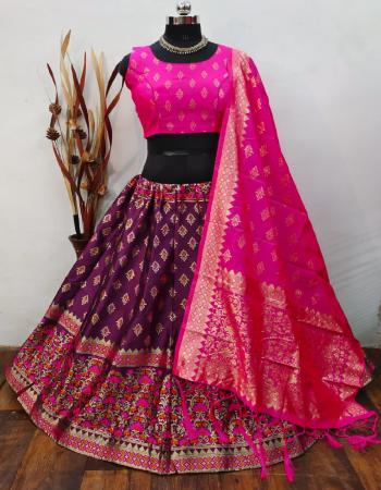wine lehenga -banarasi brocade silk with cancan inner |blouse -full stitched 38ready upto 42 banarasi silk |dupatta -pure banarasi silk fabric weaving jacqaurd work running