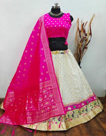 white lehenga -brocade banarasi silk with cancan inner semi stitch upto 42 |blouse -pure silk readymade upto 42 |dupatta -pure banarasi silk fabric weaving jacqaurd work party wear
