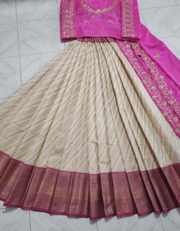 white lehenga -heavy banarasi 3m |blouse -banglori satin 1m |dupatta -crepe seqeunce work 2.20m fabric seqeunce embroidery  work festive