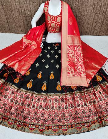 black lehenga -banarasi brocade silk with cancan inner |blouse -pure banarasi silk full stitch free size 38 ready upto 42 |dupatta -pure banarasi silk fabric weaving jacqaurd work running