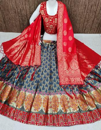 grey lehenga -banarasi brocade with cancan inner semi stitch  blouse -pure banarasi silk full stitch 38 size ready upto 42  dupatta -pure banarasi silk fabric weaving jacqaurd work festive