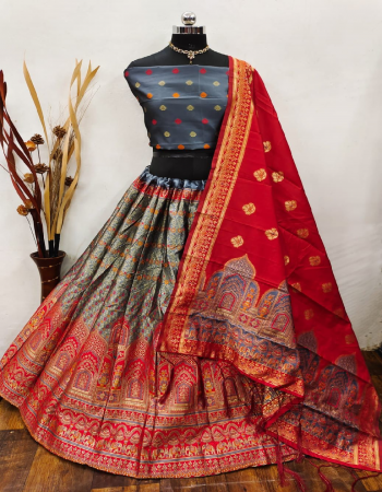 grey lehenga -banarasi silk brocade silk cancan inner semi stitched |blouse -full  stitched pure banarasi silk |dupatta -pure banarasi silk fabric weaving jacqaurd work ethnic