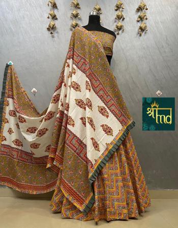 yellow  khadi cotton flair 8m waist 44 length 42 | blouse 1m |dupatta -pure cambric cotton length 2.5m width 45 fabric printed work wedding
